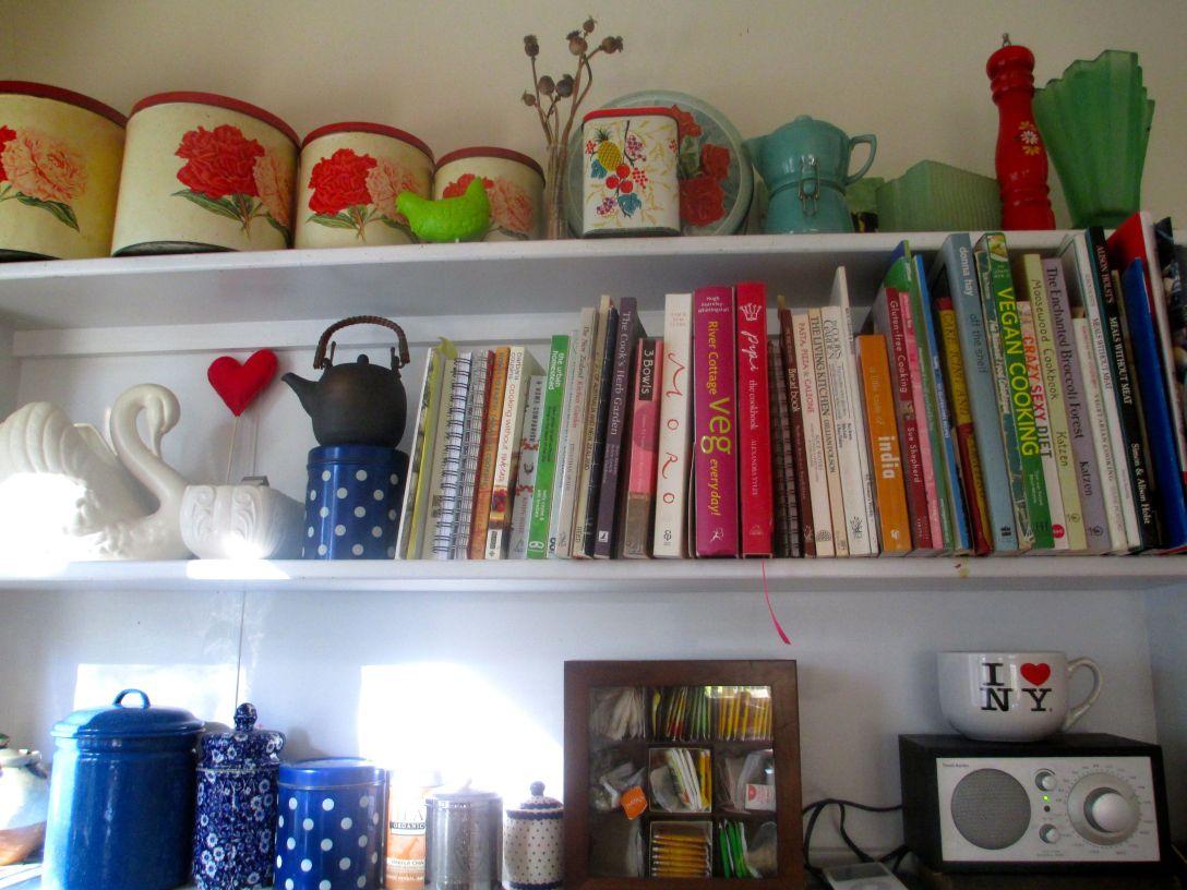 kitchen_shelf